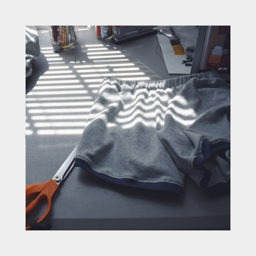 artsy sweatshirt -6